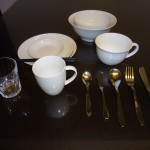 It is tableware available freely.